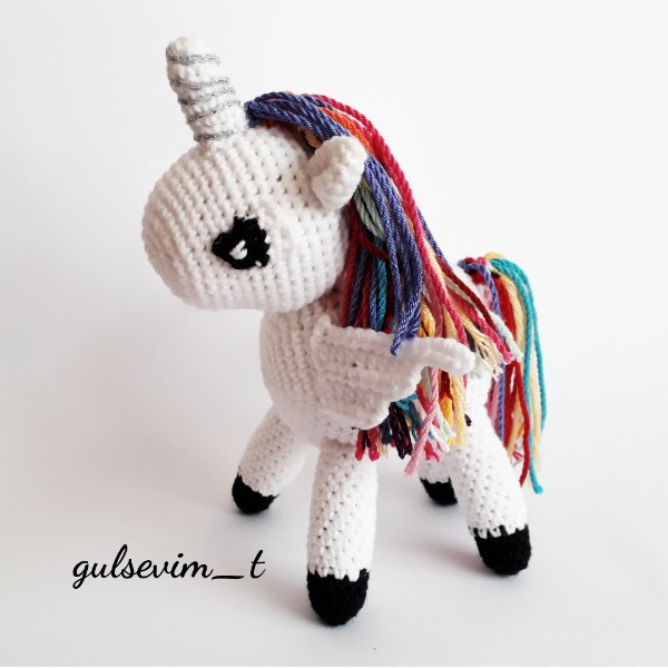 Amigurumi Unicorn Free Pattern – Free Amigurumi Patterns, 2020 ... | 600x600