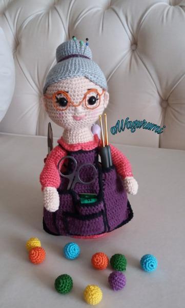 Sally Crochet Holder Dolly Free Pattern   Crochet organizer ...   600x361