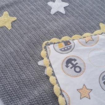 Minik yıldızlı bebek battaniyesi