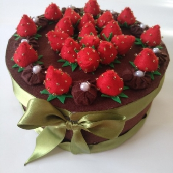 Keçe dekoratif pasta