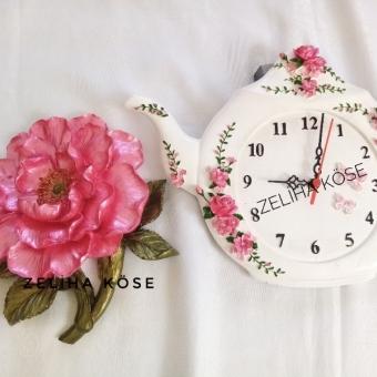 Kokulutaş Çaydanlık Saat ve Dev Güller