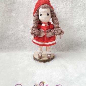 Kırmızı Başlıklı Kız Amigurumi Bebek
