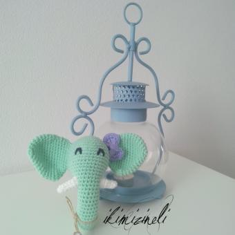 Mutlu fil çingirak