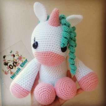 Amigurumi Boynuzlu At ( Unicorn)