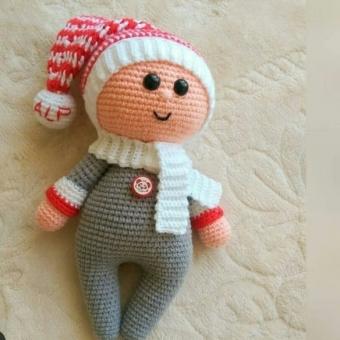 Amigurumi doll bebek
