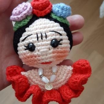 Amigurumi Frida anahtarlık