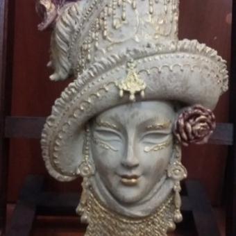 Dekoratif Güllü Mask