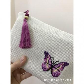 Renkli Kelebekler Kanaviçe Cüzdan