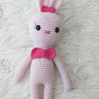 amigurumi pembe tavşan