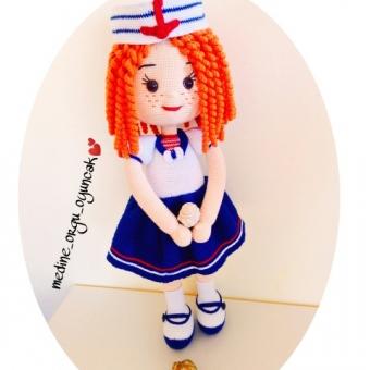 Amigurumi denizci kız