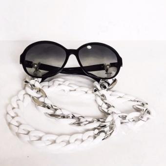 beyaz akrilik gözlük zinciri