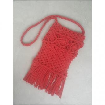 Kırmızı makrome çanta