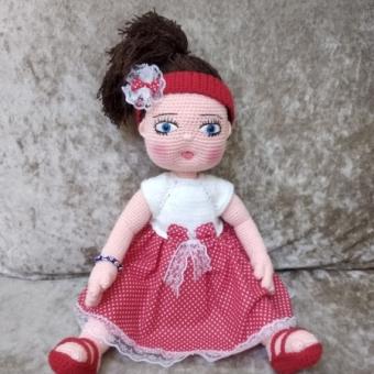 Amigurumi oyuncak Tombul kız bebek