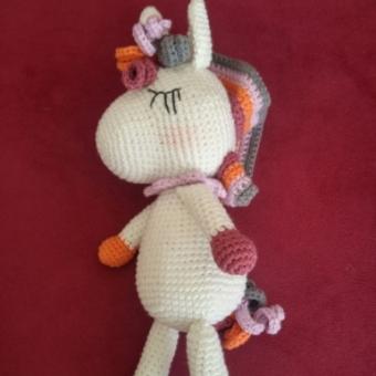 Amigurumi Sevimli Unicorn