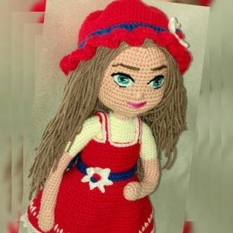 Amigurumi Kırmızı Elbiseli Bebek