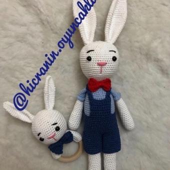 Amigurumi tavşan çıngırak takım