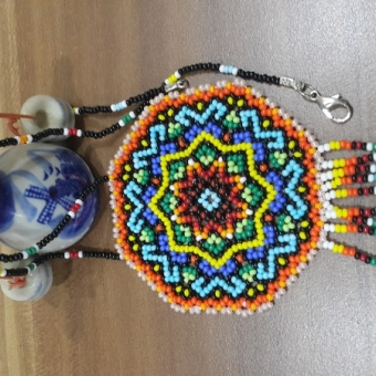 Meksika Huichol.Mandala kolye
