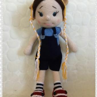 Amigurumi teodoor doll