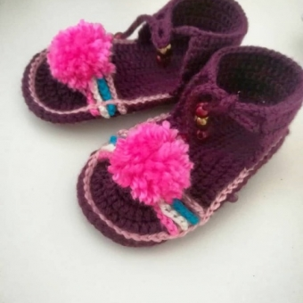 Bebek ayakkabı