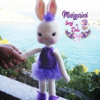 Amigurumi Tütü Etekli Tavşan