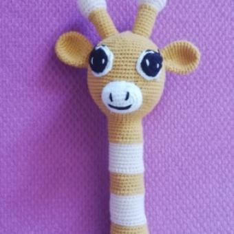 Amigurumi zürafa çıngırak