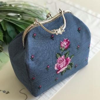 Etamin nakışlı wintage çanta